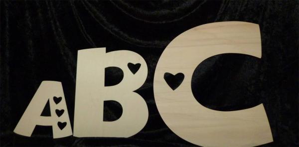 Buchstaben mit Herzen