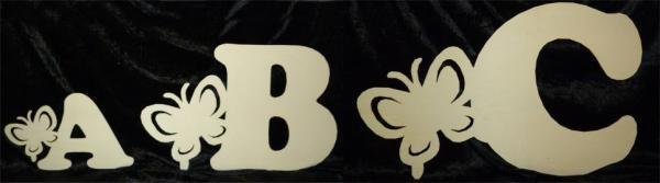 Schmetterlinge aus Holz Buchstaben
